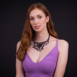 Edelweiss handgefertigte Halskette aus recyceltem Reifenschlauch - SAPU