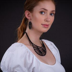 Seraphine III handgefertigte Halskette aus recyceltem Reifenschlauch - SAPU