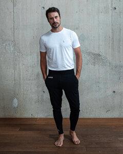 """Männer Yoga Set aus Bio-Baumwolle & Modal """"Prometheus"""" weiss/schwarz mit small Logo - IKARUS"""