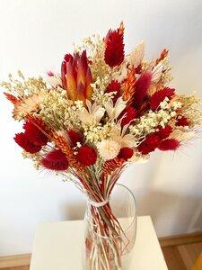 Trockenblumenstrauß Rot - Blooms 'n' Stories