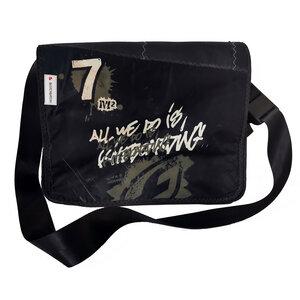 Handgearbeitete Messenger bag Size M aus Kitesegeln Unikat - Beachbreak