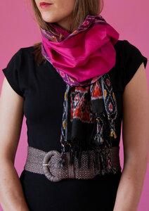 Schmaler Schal aus Friedensseide / Peace Silk / Bio Seide in Ikat bunt - Raani