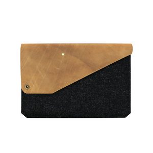 15' MacBook Pro Retina Sleeve aus Leder & Filz anthrazit - Alexej Nagel