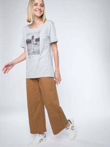 WITH THIS STYLE YOU SUPPORT! - animal revolution 08 / Damen T-Shirt - Erdbär