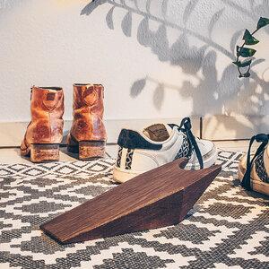 Stiefelknecht aus Holz PEERKOPP - Praktischer Schuhauszieher - Herr Lars Möbelmanufaktur