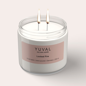 YUVAL Vegane Duftkerze im Glas mit verbranntem Holz und orientalischen Gewürzen (Locked Fire) 250g - YUVAL