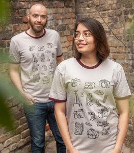 Fotokameras/Photo Camera - päfjes Ringer Unisex T-Shirt - Fair gehandelt aus Baumwolle Slub - Bio - taupe - päfjes