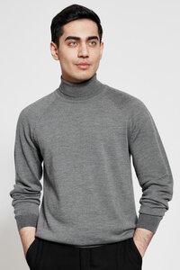 Herren Rollkragen Pullover in grau aus 100% extrafeiner Merinowolle - t7berlin