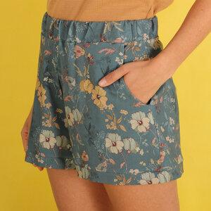 """Shorts """"Floralia"""" aus Biobaumwolle kbA mit Blumenmuster - ManduTrap"""