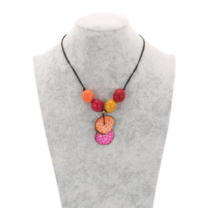 Verstellbare Tagua-Halskette - Lotus - MoreThanHip-Joyas