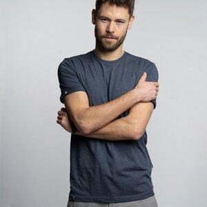 "T-Shirt Herren - Bio-Baumwolle + rec. Polyester ""Terro"" blau - Vresh Clothing"