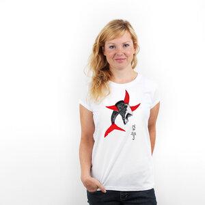 Shark Finning - Frauenshirt von Coromandel - Coromandel
