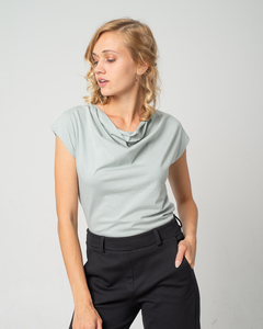 Shirt mit Wasserfall-Ausschnitt, aus Bio-Baumwolle 'Short Cascade' - Alma & Lovis