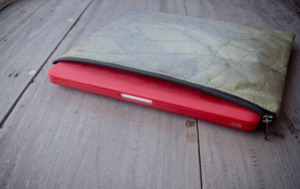 "Laptop Hülle aus Blättern 14"" - 15 "" Zoll/ inch Vegan, MacBook Hülle - Grün - BY COPALA"