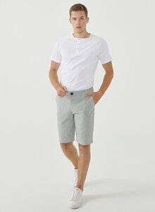 Slim Chino-Shorts aus Bio-Baumwolle mit Streifenmuster - ORGANICATION