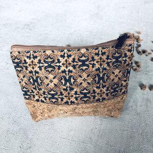 Kork Tasche Klein mit Reißverschluss und buntem Design zur Auswahl - Living in Kork