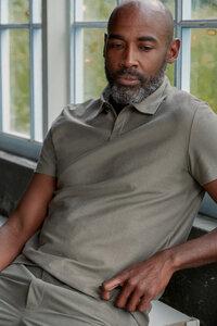 Schlichtes Poloshirt TODD aus schwerer Bio-Baumwolle - About Companions