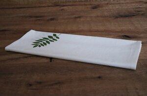 "Tischläufer ""Pflanzenblatt"" handbedruckt - luscinia"