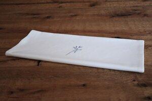 """Tischläufer """"Zarte Blume"""" handbedruckt - luscinia"""