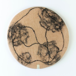 Skandinavische Sitzkissen aus Filz Modell Marble - home on earth