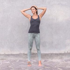 NOURI MELANGE - Damen - lockeres Top für Yoga aus Biobaumwolle - Jaya