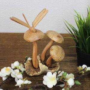 Dekofigur aus Holz Libelle auf Pilzen - Mitienda Shop