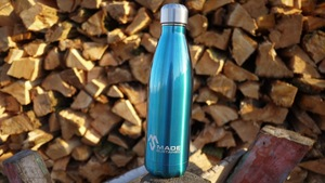 Trinkflasche aus Edelstahl blau - Made Sustained