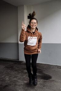 "Hoodie ""Everything will be alright"" Kapuzenpullover - ALMA -Faire Streetwear & Schmuck-"