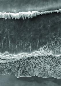 Black and White Beach - Poster von Studio Na.hili - Photocircle
