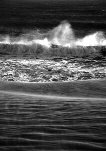 Where Desert Meets Ocean B&W - Poster von Studio Na.hili - Photocircle