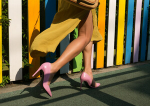 Summer Heels - Poster von AJ Schokora - Photocircle