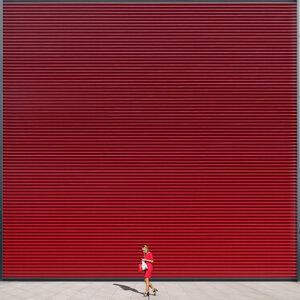 red on red - Poster von Roc Isern - Photocircle