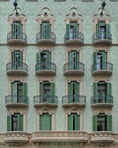 Classic façade - Poster von Roc Isern - Photocircle