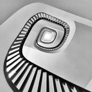 Spinning around - Poster von Roc Isern - Photocircle