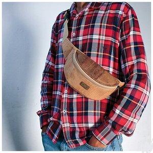 Vegane Korktasche Bauchtasche Gürteltasche aus Kork Korkleder - Montado ©