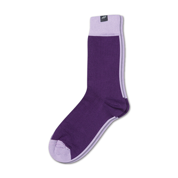 minga berlin bunte zweifarbige socken aus bio baumwolle f r m nner und frauen violett lila. Black Bedroom Furniture Sets. Home Design Ideas