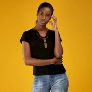 Damen Top aus Baumwoll Ripp Stoff mit Stick/Perlenmuster Shela Design - Africulture