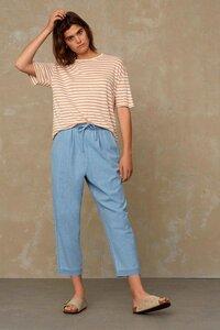 gestreiftes Damen T-Shirt Majaji aus Leinen - Maple Sugar Stripe - Kings Of Indigo