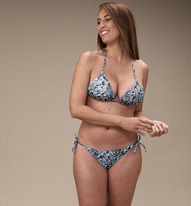 Triangle Bikini Top aus recyceltem Stoff - CasaGIN