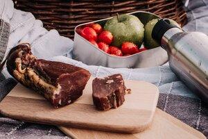 "Premium ""Waldpicknick"" - Edelstahl Lunchbox mit Buchenholzdeckel - tindobo"
