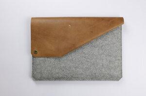 15' MacBook Pro Retina Sleeve aus Leder & Filz grau - Alexej Nagel