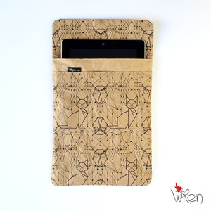 iPad sleeve mit Eulen- & Katzenprint - The Wren Design