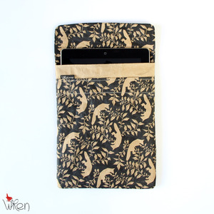 Tablet Sleeve mit Fuchsprint - The Wren Design