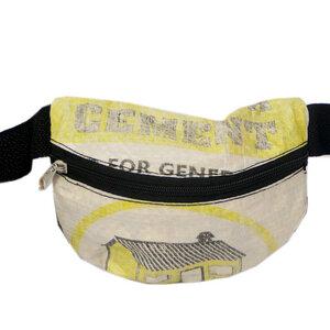 Bauchtasche   recycelt aus Zementsäcken in verschiedenen Farben in Größe M - Nyuzi Blackwhite