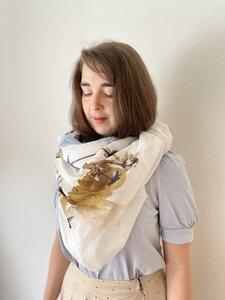 Tuch aus Biobaumwolle - Blumen und Gräser mit Ocker - Sara Rosenbaum x Made Here
