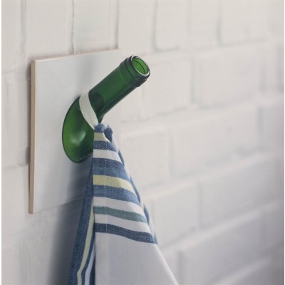 sybille homann kachelhaken handtuchhalter oder garderobe f r die wand avocadostore. Black Bedroom Furniture Sets. Home Design Ideas