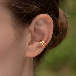 Schmuck LUISE Ear Cuff aus recyceltem Silber - Ahimsa Kollektion für Tiere - Nella Earcuffs®