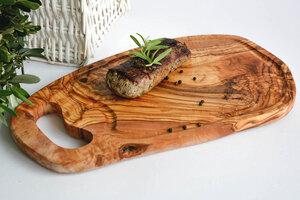 Steakbrett mit Grifflasche & Rille, XXL (ca.45 cm) - Olivenholz erleben