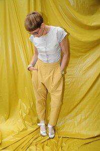 Bundfaltenhose Grau-Gelb - käufer (d) sein