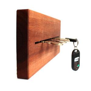 SchlüsselBrett  - ForestFinance